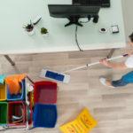 anlita en städfirma att utföra kontorsstädning till ett billigt pris